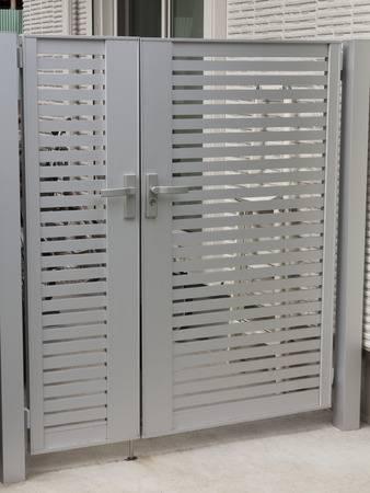 門扉の鍵交換・取り付け