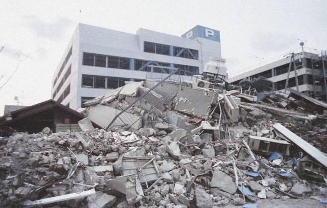 阪神淡路大震災のケース