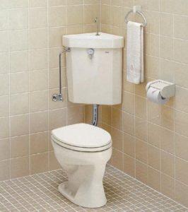 隅付タンク式タイプトイレ