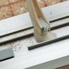 窓のサッシレール清掃