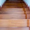 階段の滑り止め取り付け