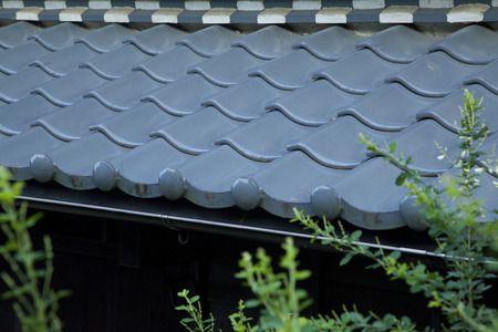 日本の住宅に不可欠な瓦屋根の構造とは