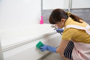 女性風呂掃除