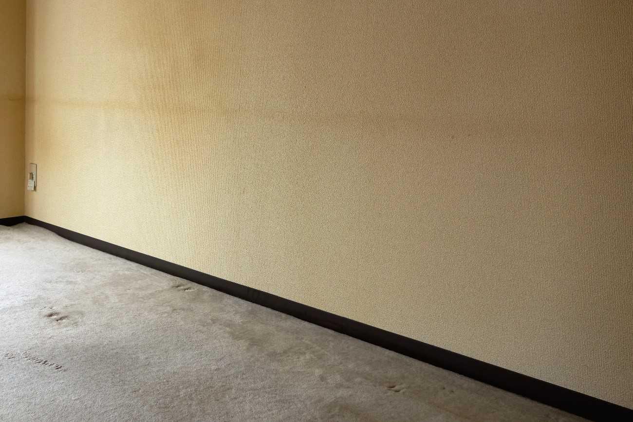 きれいな壁紙の色に戻したい たばこのヤニ汚れの落とし方 イエコマ