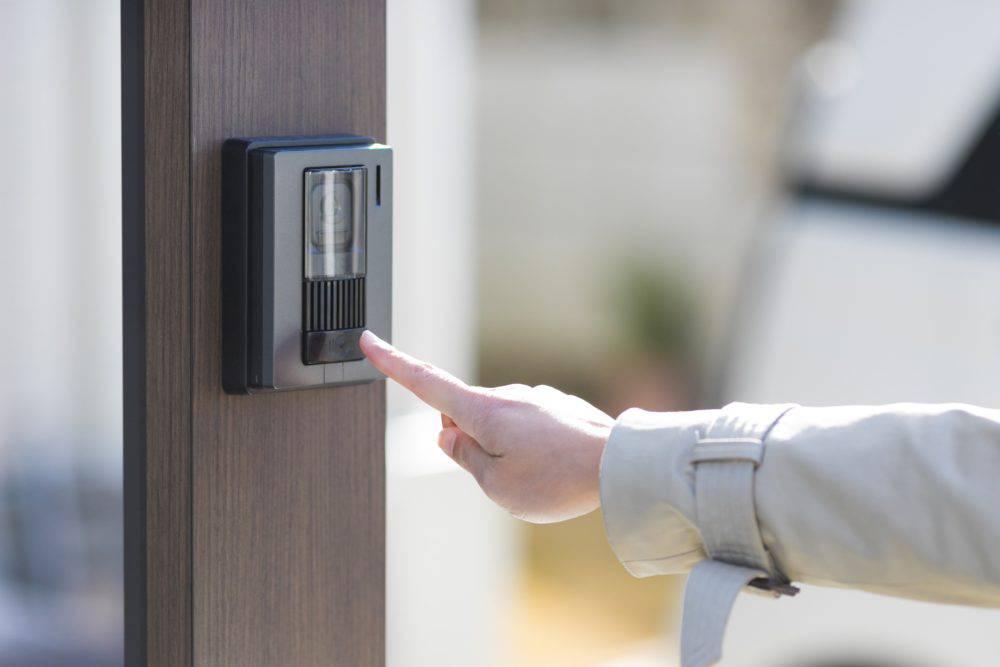 玄関チャイムの交換の見極めと交換方法|資格のない人は交換できない!?