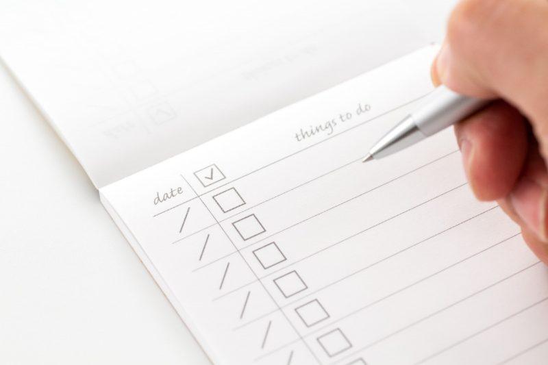 チェックリストとシートとボールペン