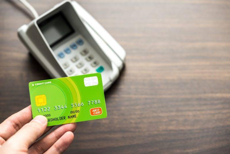 クレジットカードと決済端末