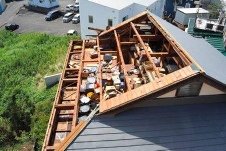 ニュース写真屋根