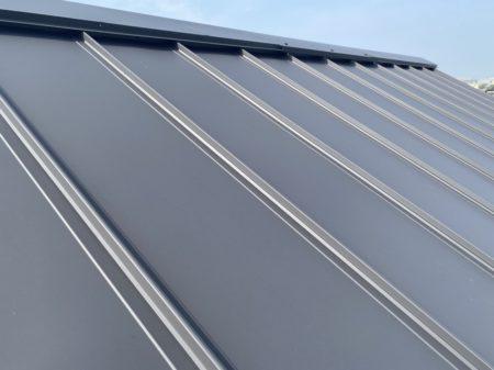 青空とガルバ屋根